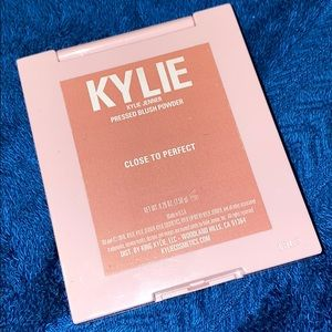 Kylie blush in Close to Perfect